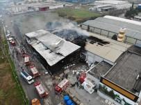 Fabrika Yangınında Facianın Eşiğinden Dönüldü