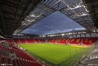 TÜRKIYE FUTBOL FEDERASYONU - Göztepe Stadyumu'nun Kapasitesi 25 Bine Çıkarılacak