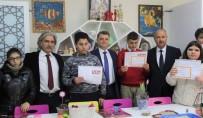İzmir'de Özel Öğrencilerin Karne Heyecanı