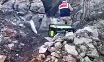 KAÇAK KAZI - Kahramanmaraş'ta Kaçak Kazı Yapan 3 Kişi Yakalandı