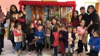 Karaabdülbakili Çocuklar Müzikli Kukla Gösterisi İle Eğlendi