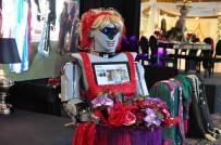 ROBOT - Kına Gecelerinde 'Robotlu' Eğlence