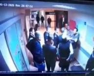 SALDıRı - Kırık Burunla Ameliyat Yapan Doktora Saldırı Kamerada