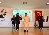 MILLI EĞITIM MÜDÜRLÜĞÜ - Körfez'in Özel Çocukları Bu Programda Eğlendi
