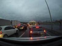 (ÖZEL) İstanbulluların Trafik Çilesi Araç Kamerasıyla Kaydedildi