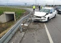 112 ACİL SERVİS - Samsun'da Trafik Kazası Açıklaması 3 Yaralı