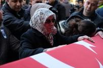 Şehit Kardeşini 'Kahramanım' Diyerek Uğurladı