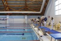 YÜZME - Siirtli Öğrenciler Şampiyon Olmak İçin Kulaç Attı