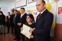 HALK EĞİTİM MERKEZİ - Varto'da Karne Dağıtımı