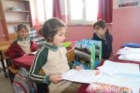 Yarıyıl Tatilinde Belediyeden Miniklere Okuma Seti