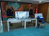 'Change' Operasyonu Bursa Emniyetini Galeriye Çevirdi