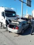 HITIT ÜNIVERSITESI - Kamyon Ve Otomobil Çarpıştı Açıklaması1 Ölü, 1 Yaralı