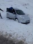 YAĞAN - Mazıdağı'nda Yoğun Kar Yağışı Kazalara Davetiye Çıkardı