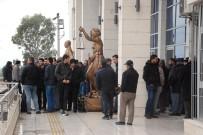 TUTUKLU SANIK - Silifke Belediye Başkanı Mücahit Aktan'ın Yargılanmasına Başlandı