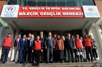 Vali Şentürk, Gençlik Liderleriyle Bir Araya Geldi