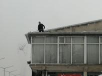 GÜNDOĞAN - Ahlat'ta Kar Yağışı