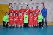 FORMA - Anadolu Üniversitesi Kadın Hentbol Takımı Ligin İkinci Yarısına Galibiyetle Başladı