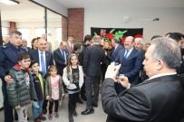 Başkan Çekti, Çocuklar Mutlu Oldu