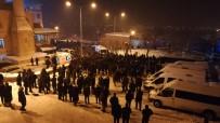 OKTAY ÇAĞATAY - Bitlisli Kanaat Önderi Çevik, Binlerce Kişinin Katılımıyla Toprağa Verildi