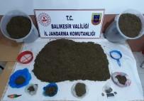 Erdek'te Jandarma Ormanda Uyuşturucu Ele Geçirdi