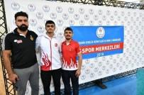 İŞİTME ENGELLİLER - Eskişehirli Güreşçiler Madalya İle Döndü