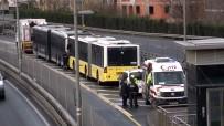 Okmeydanı'nda Metrobüs Kazası Açıklaması 1 Yaralı