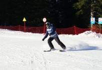 İÇİŞLERİ BAKANI - Karnelerini Alan Öğrenciler, Kayak Merkezlerine Koştu