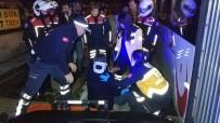 SUBAŞı - Samsun'da Tramvay Yayaya Çarptı Açıklaması 1 Yaralı