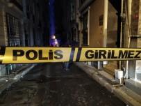 Sokak Ortasındaki Tartışma Kanlı Bitti Açıklaması 2 Yaralı