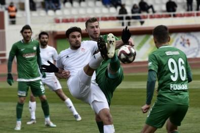 TFF 2. Lig Açıklaması Gümüşhanespor Açıklaması 1 - 1922 Konyaspor Açıklaması 3