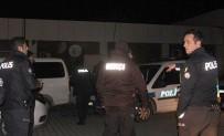 Edremit'te Polis Operasyonla Aranan 4 Kişiyi Yakaladı