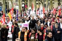 ERKEN EMEKLİLİK - Fransa tarihinin grev rekorunu kırdı