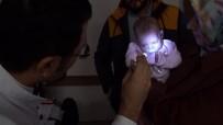 ÖMER KOÇ - Parmak Bebeğe Işığı Gösteren Operasyon