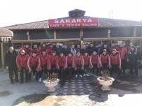 1308 Osmaneli Belediye Sporlu Futbolcular Kahvaltıda Bir Araya Geldi