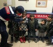 Afganistan Uyruklu 25 Düzensiz Göçmen Yakalandı