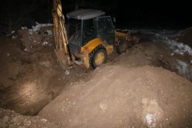 Isparta'da İş Makinesiyle Kaçak Kazıya Suçüstü Açıklaması 2 Tutuklama