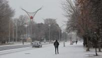 Kar Erzincan'ı Beyaza Bürüdü