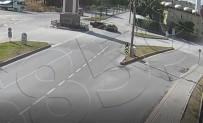 EVLİYA ÇELEBİ - Kütahya'da 2 Otomobilin Çarpıştığı Trafik Kazası Kamerada