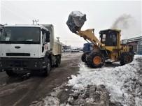 SANAYİ SİTESİ - Tonlarca Kar Kamyonlarla Taşındı