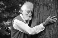 'Toprak Dede' Hayatını Kaybetti