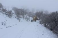 Elazığ'da Karla Kapanan 73 Köy Yolundan 40'I Açıldı
