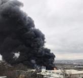 Geri Dönüşüm Deposundaki Yangın Kontrol Altına Alındı