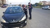 PARA CEZASI - Jandarma 12 Aranan Şahsı Ele Geçirdi