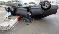 Kontrolden Çıkan Araç Takla Atıp Ters Döndü Açıklaması 1 Yaralı