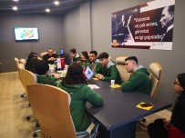 Meslek Lisesi Öğrencilerine Kariyer Merkezinden Destek