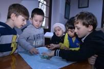 Minikler Ebru Sanatını Öğrendi