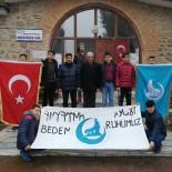 ÜLKÜ OCAKLARı - Osmancık'lı Gençler İlçedeki Camileri Temizliyor