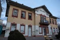 Yıkılmaya Yüz Tutmuş Tarihi Gar Binası Restore Edilecek