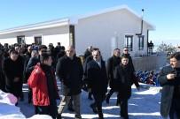 Bakan Ersoy Aladağ Kayak Merkezinde İncelemelerde Bulundu