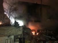 GÜLHANE - Başkent'te 2 Katlı Evde Yangın Çıktı Açıklaması 4 Yaralı